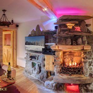 Czy chcesz poczuć ciepło domowego ognia – kominek w domu domowe ognisko ciepło ogień kominek